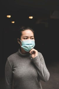 Does it make sense to wear a mask to protect against infection?